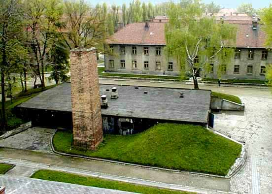 Auschwitz Krema1_hospital
